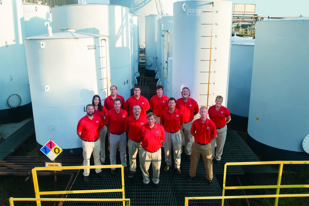 CFLS-Team on tank farm Career